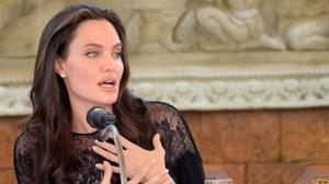 """""""Seguirem sent una família"""", assegura Angelina Jolie després del seu divorci"""