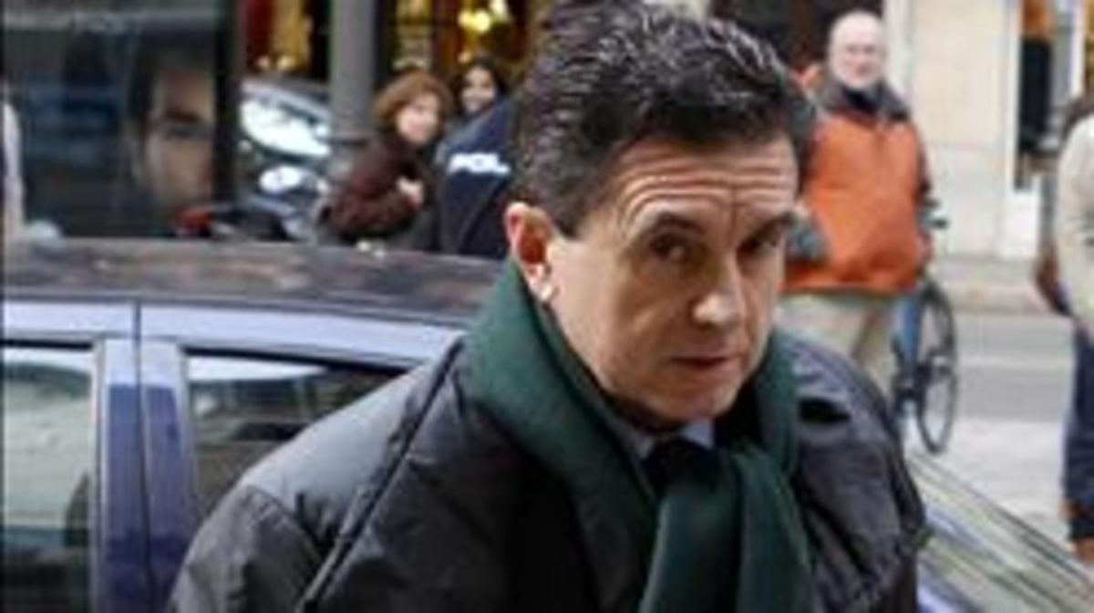El expresidente balear Jaume Matas, a su llegada a la Audiencia Provincial de Palma.