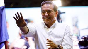 Cortizo s'imposa per la mínima en unes disputades eleccions a Panamà