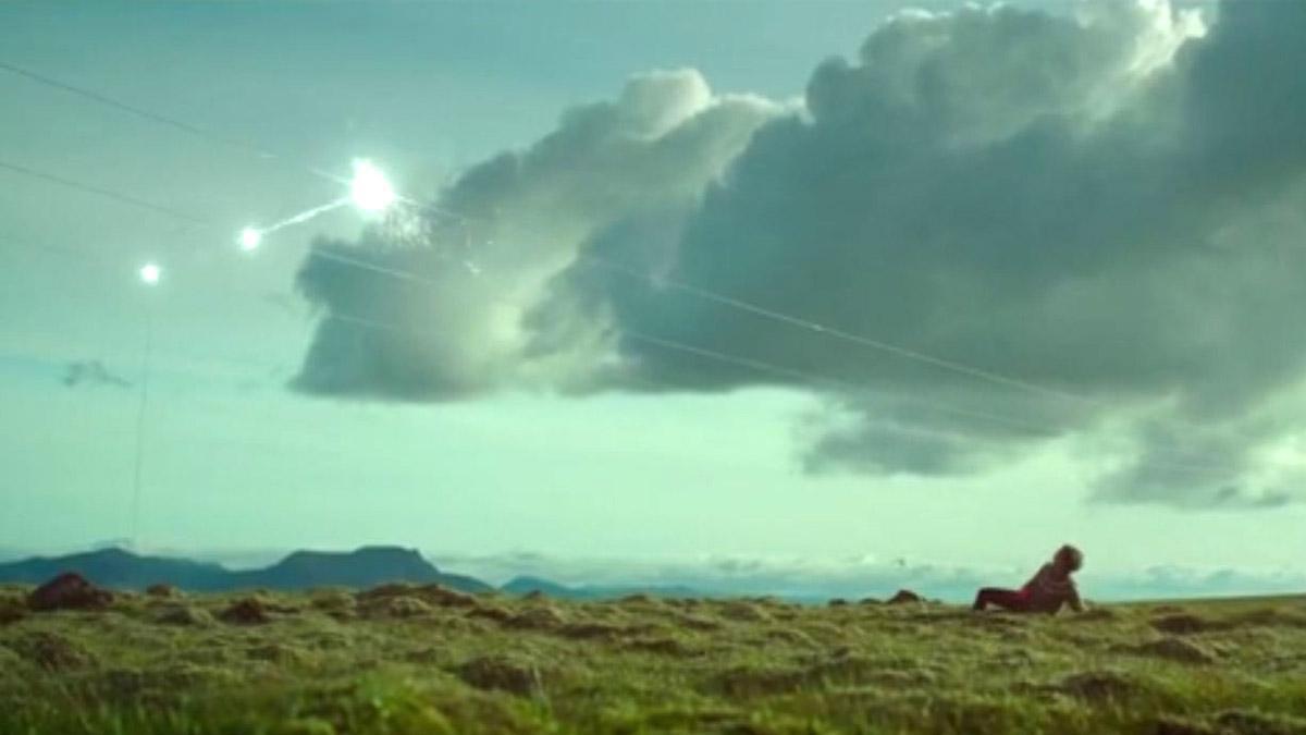 'La dona de la muntanya': Conflicte d'interessos