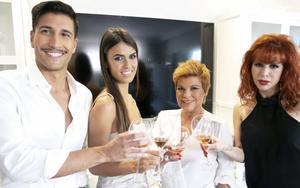 Terelu Campos, Gianmarco Onestini, Sofía Suescun y Yurena en 'Ven a cenar conmigo: Gourmet Edition' /MEDIASET
