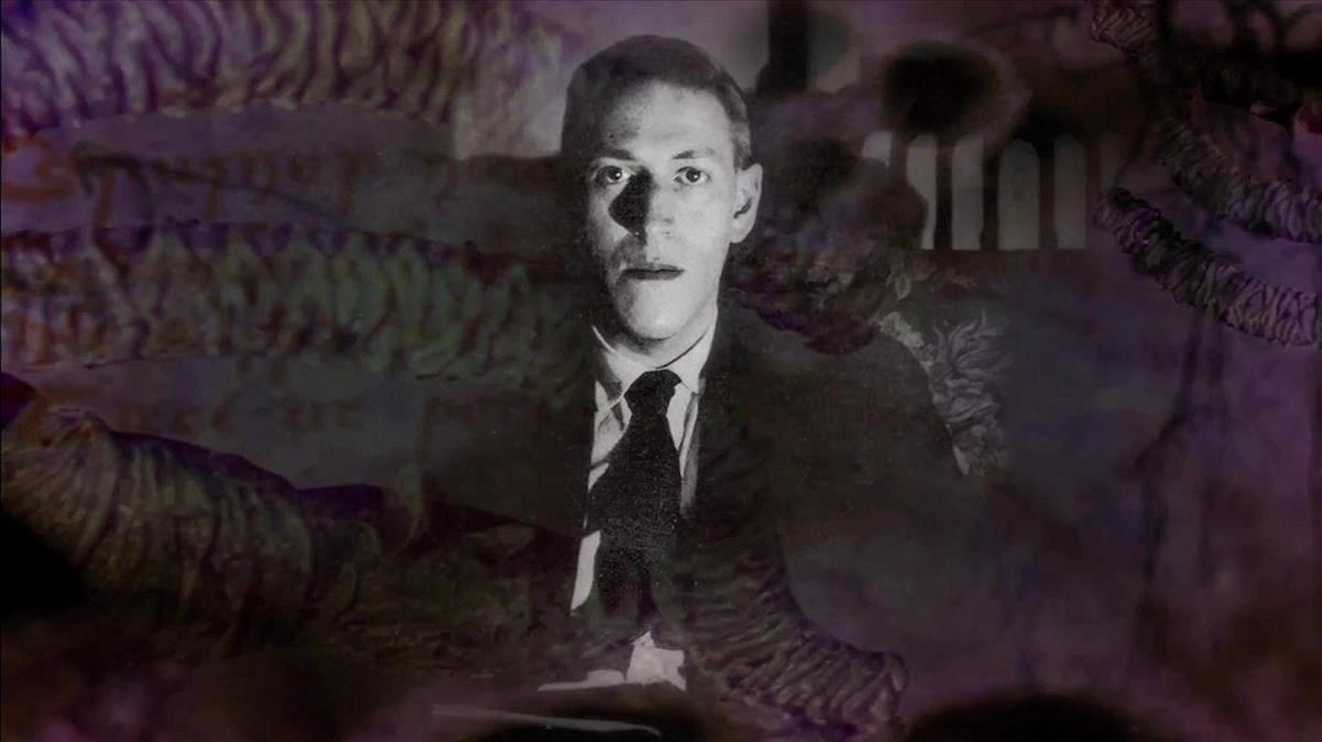H. P. Lovecraft, en una fotografía manipulada con tentáculos de horrores primigenios.