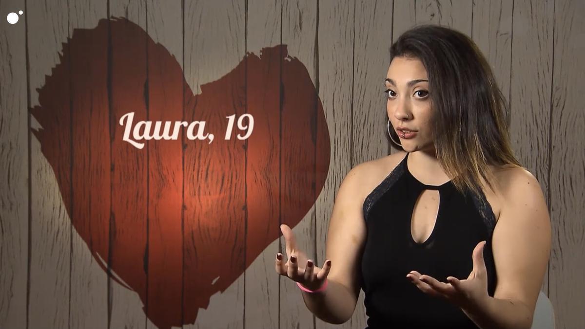 La visió de l'amor de la Laura atrapa a la seva cita a 'First Dates': «Estic en una relació asexual liberal»