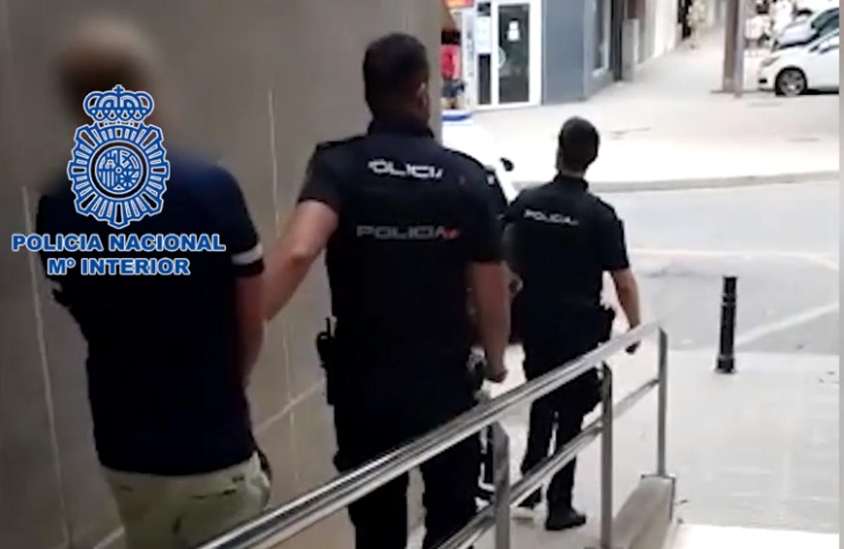 Detención de negacionista violento holandés en Gandía.