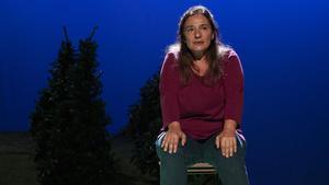 Montse Esteve en una escena de 'Encara hi ha algún al bosc'.