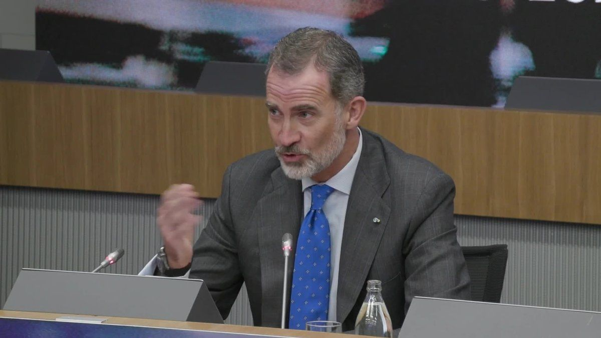"""El rey Felipe VI ha clausuradola cumbre empresarial"""" Empresas españolas liderando el Futuro"""" que ha organizado CEOE."""