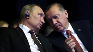 Los presidentes de Rusia, Vladimir Putin, y de Turquía, Recep Tayyip Erdogan, en Estambul.