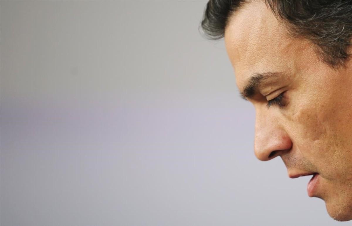 Pedro Sánchez, en su comparecencia ante la prensa tras presentar su dimisióncomo líder del PSOE en el comité federal.