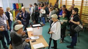 El interior de un colegio electoral en Badalona el 1-O.