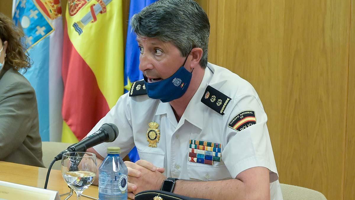Comisario Pedro Agudo: Entre 6 y 8 personas participaron en la agresión a Samuel.