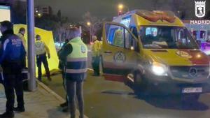 Una niña de tres años muere atropellada por una moto en Madrid.