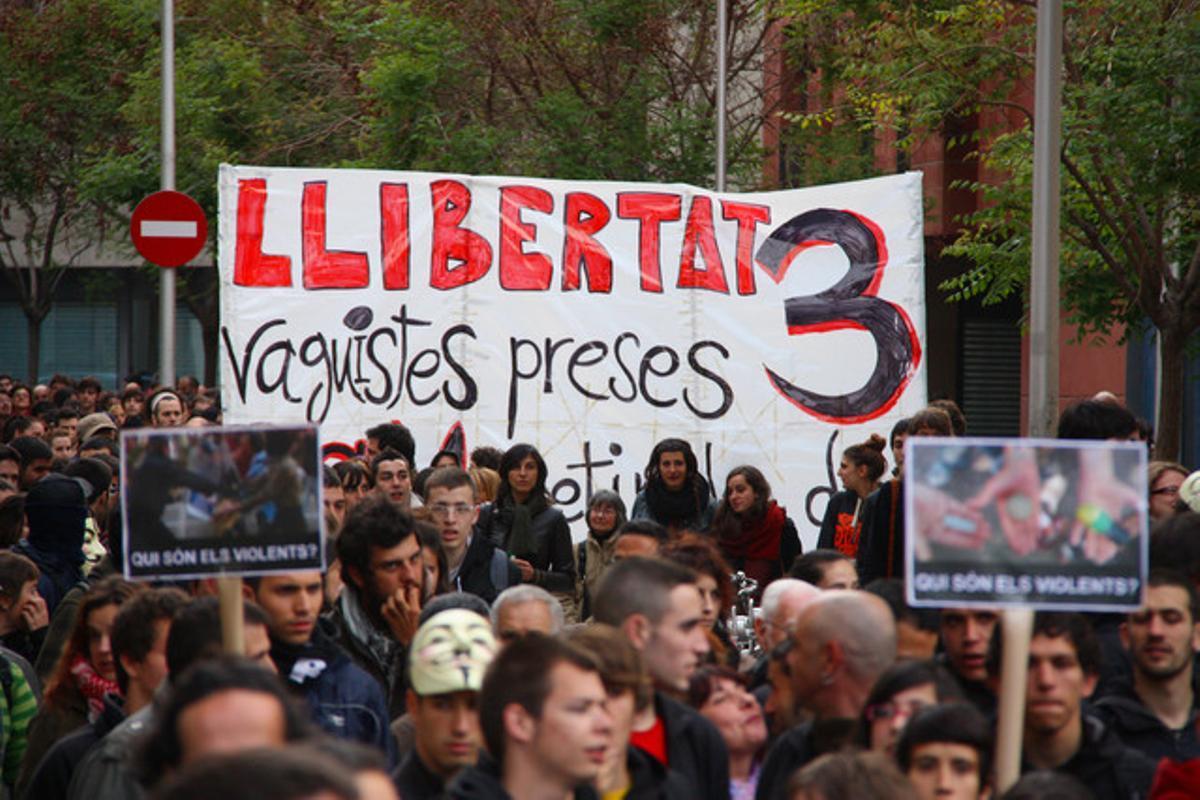 Manifestación para pedir la liberación de los tres detenidos en los disturbios del 29-M, el pasado 22 de abril.