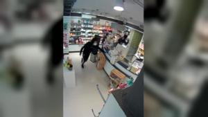 Violent atracament en una farmàcia del Poble-sec de Barcelona