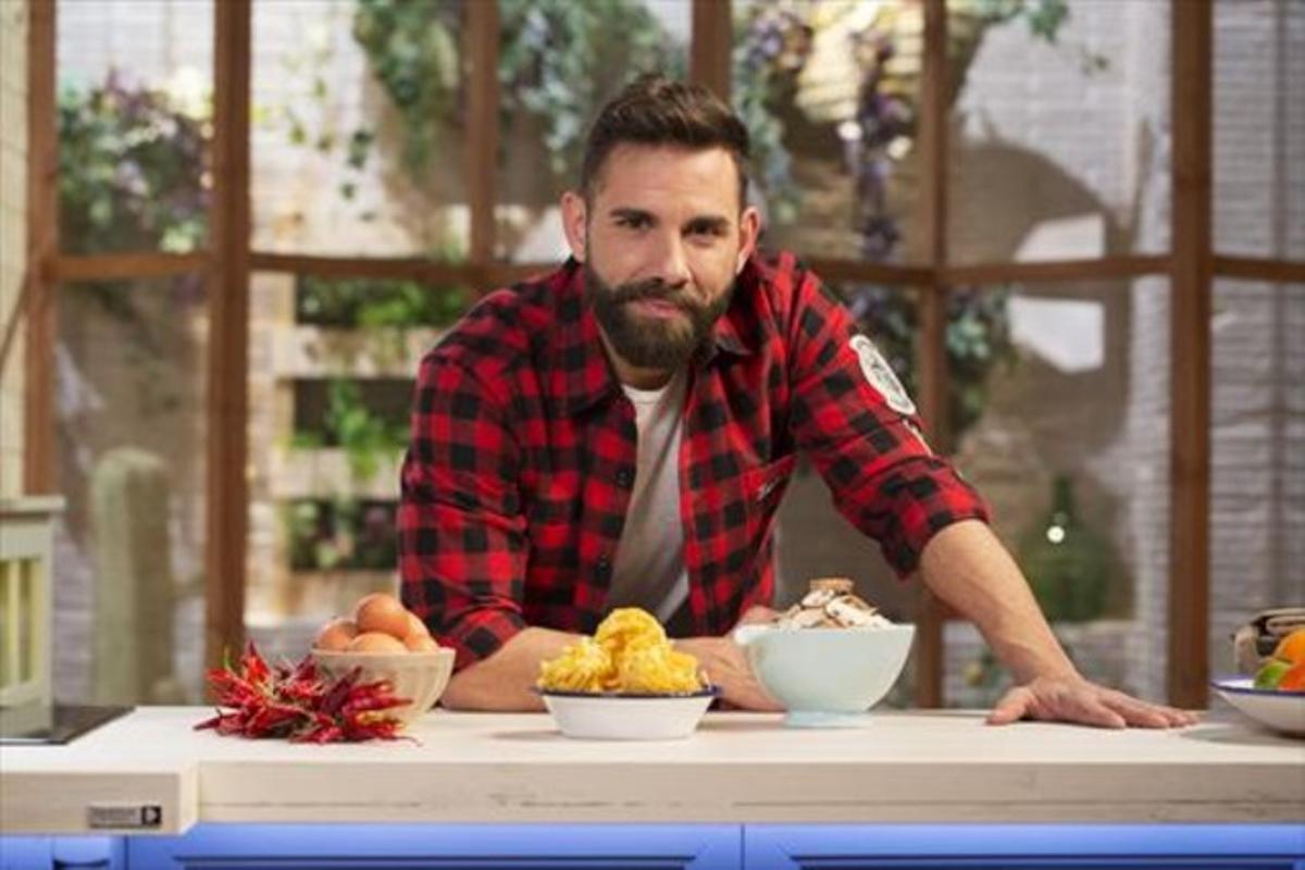 con cocinero. El chef y presentador Marc Ribas.