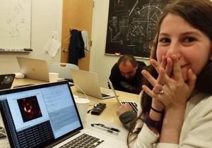 Katie Bouman, la jove geni que va idear la primera imatge d'un forat negre