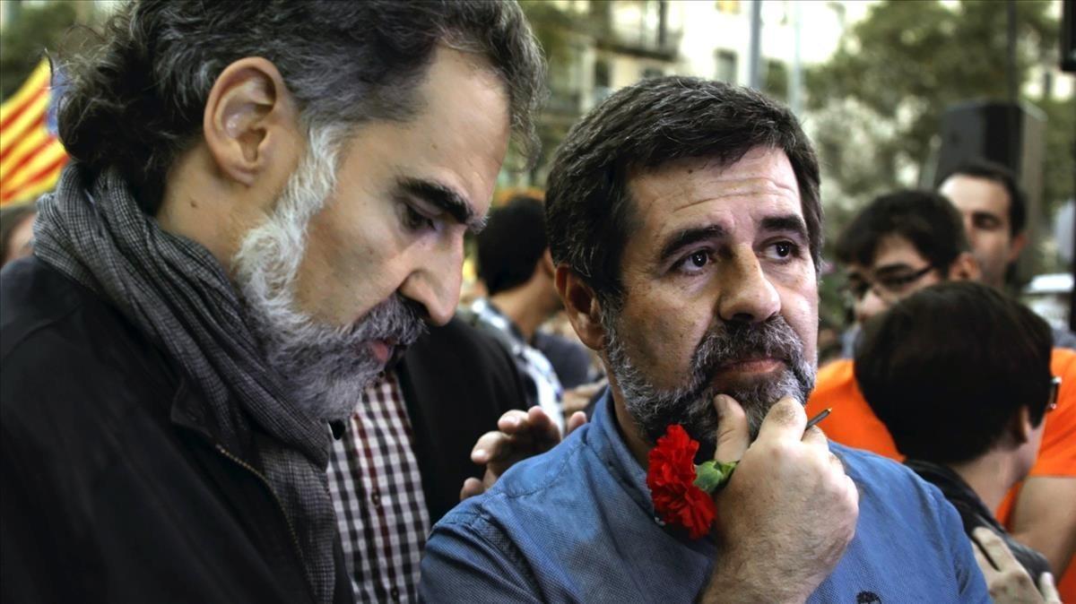 Jordi Cuixart y Jordi Sànchez, en el documental de TV-3 '20-S'.