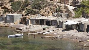 Casetas varadero en la costa de Ibiza, en una imagen de archivo.