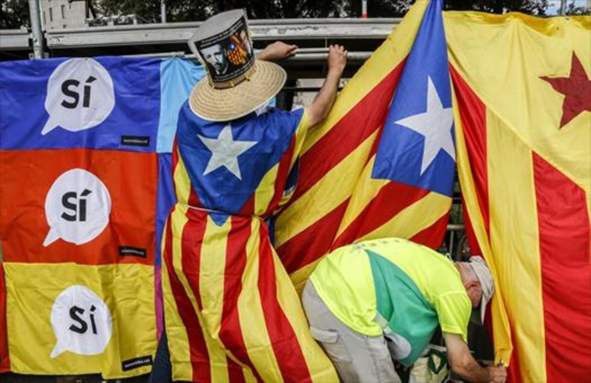 Manifestación dela Diada, en la plaza de Catalunya de Barcelona.