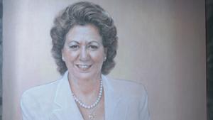 El Ayuntamiento de Valencia ha recibidoel retrato oficial de la que fuera su alcaldesa durante más de dos décadas, Rita Barberá.