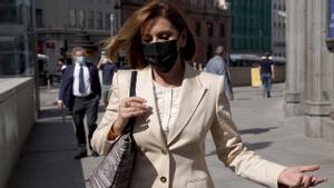 El Congreso aplaza sine die comparecencia de Cospedal en la Comisión Kitchen. Al fondo, Ignacio López, su marido también imputado.