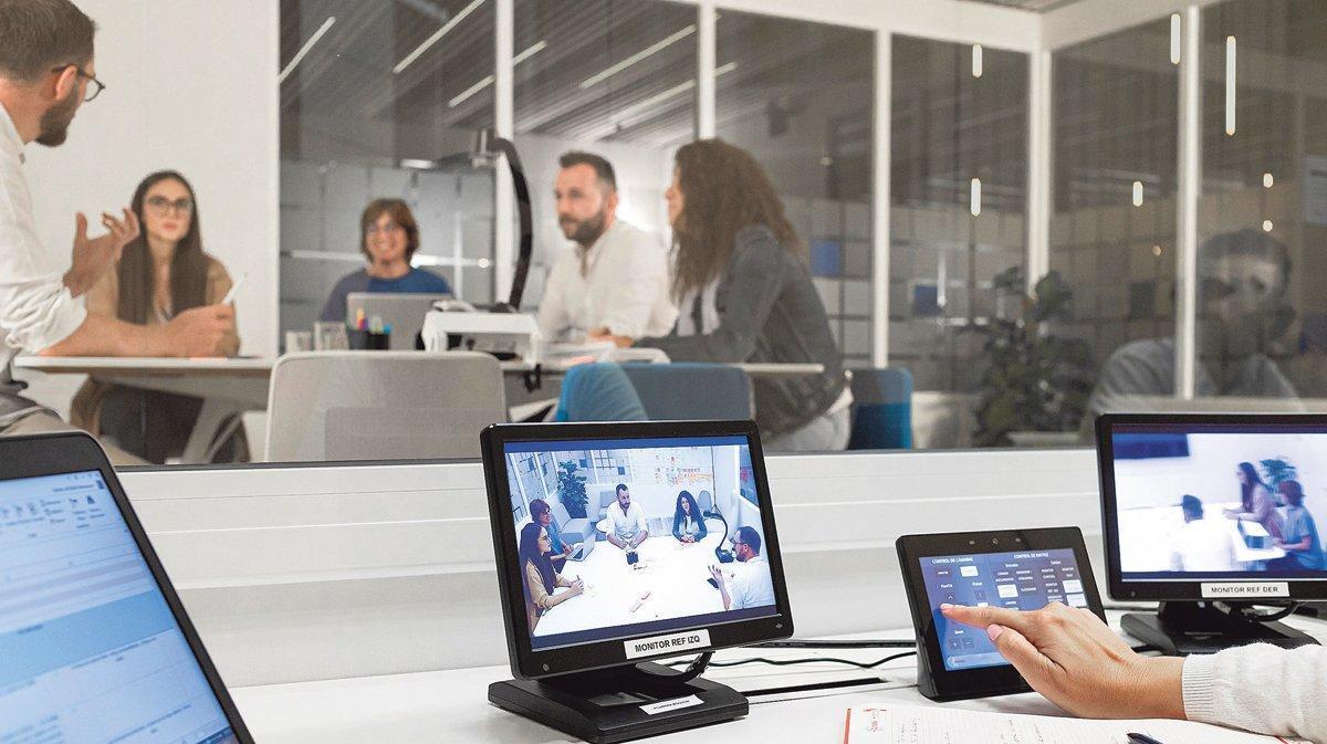 Test de un servicio digital con público real en el centro Innolab de Cofidis.