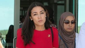Alexandria Ocasio-Cortez, tras visitar el centro de detención de inmigrantes de El Paso, en Tejas.