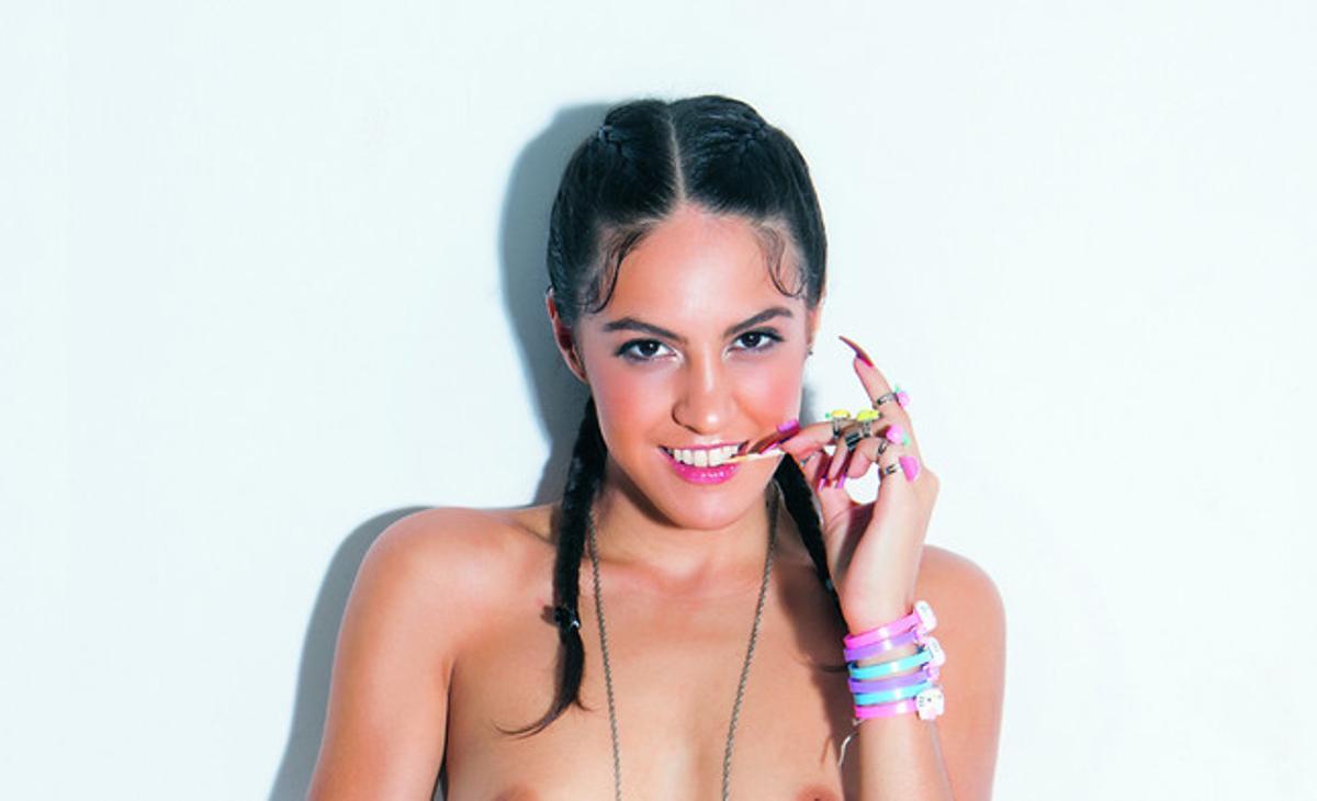 Carolina Abril, la Mejor Actriz Porno Nacional,portada de 'Interviú'.