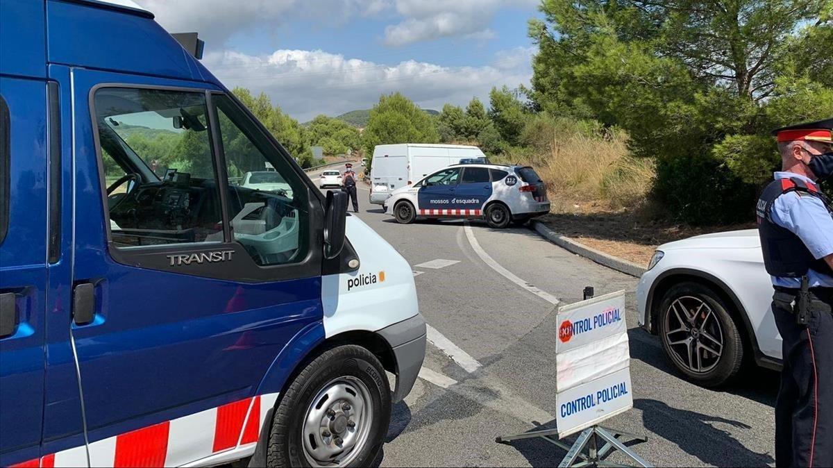 Els Mossos i la policia local de Gavà i Viladecans consoliden els controls per prevenir robatoris en domicilis