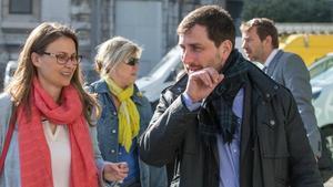 Toni Comín, junto a Meritxell Serret, la semana pasada en Bruselas.