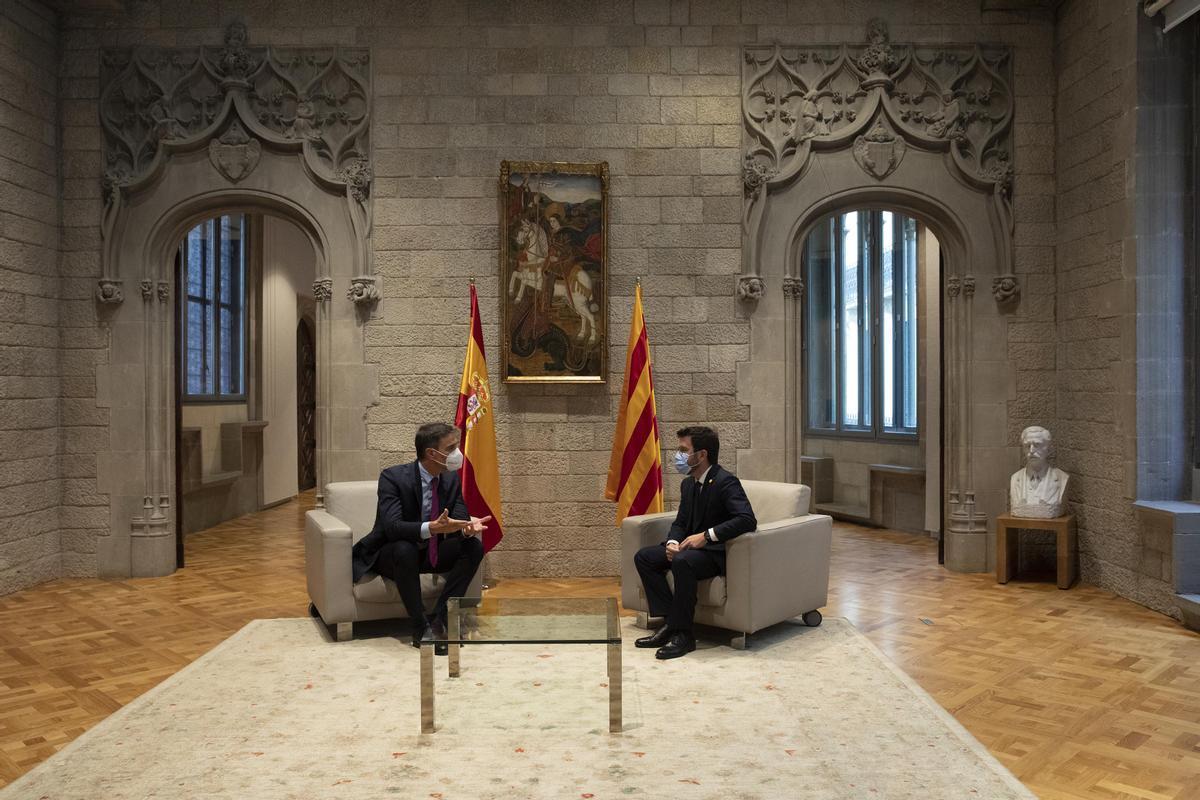 Com i per què Sánchez i Aragonès estan atrapats en el diàleg