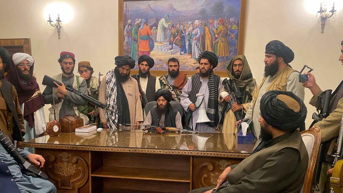 Los talibanes usan Twitter para blanquear su imagen