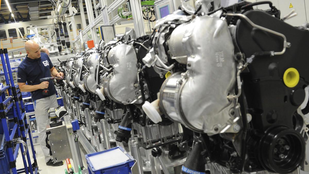 Las exportaciones de componentes de España caen.