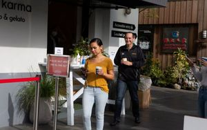 Ciudadanos enAuckland, Nueva Zelanda.