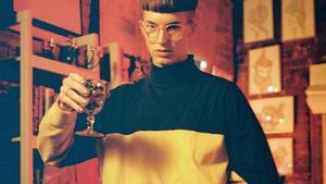 Gus Dapperton, brindis por el pop efervescente del héroe 'nerd'