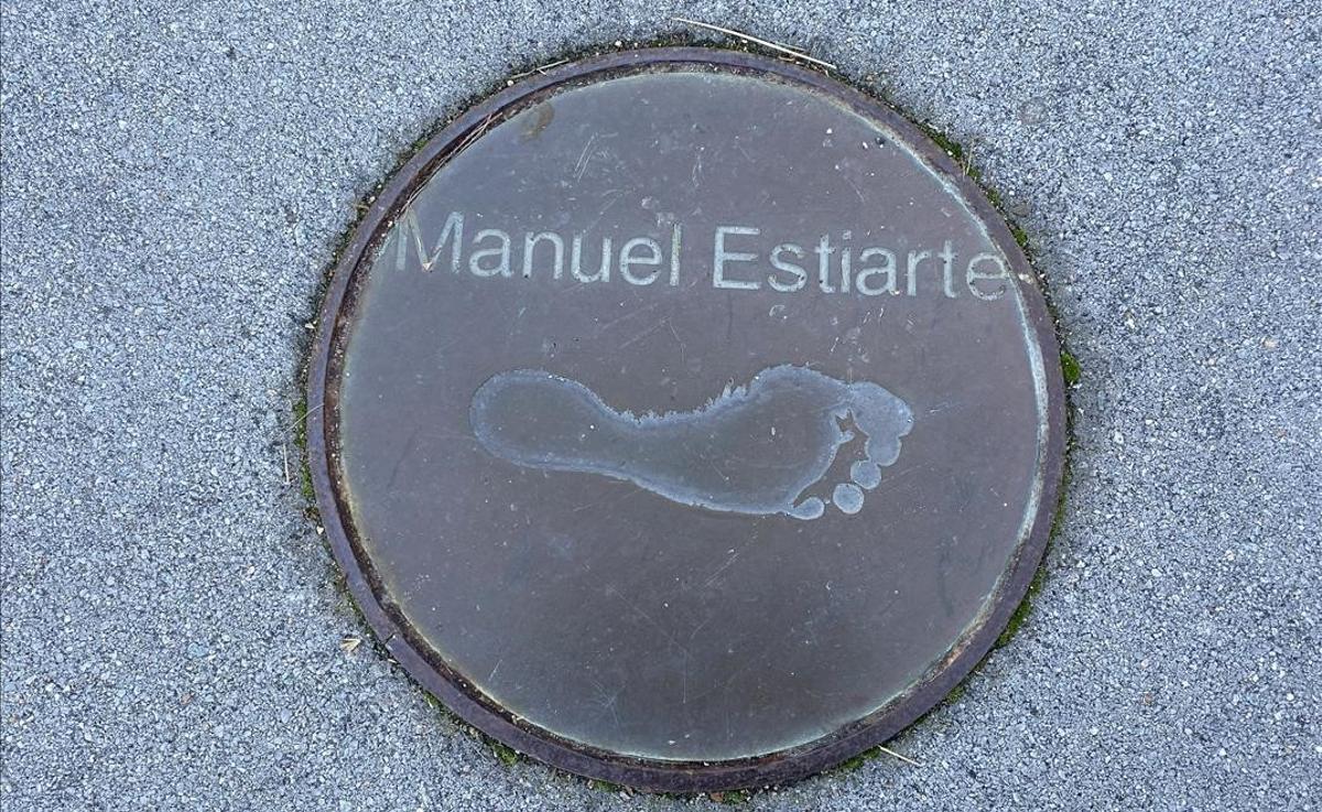 La huella descalza de Manuel Estiarte, pie egipcio, indiscutiblemente.