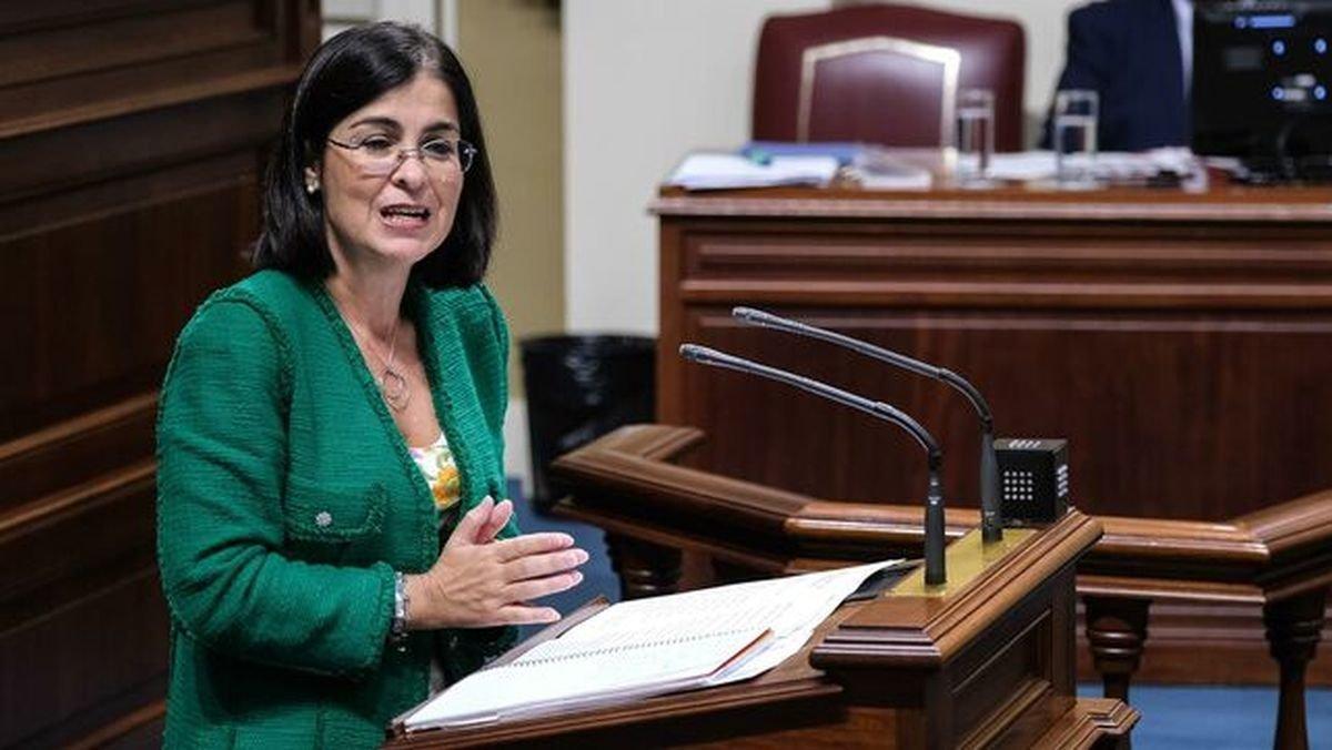 Carolina Darias, en el Parlamento canario.