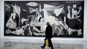 El Parlament basc demana el trasllat del 'Guernica' a la ciutat biscaïna bombardejada