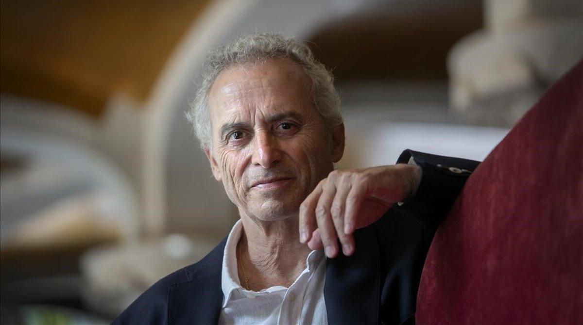 Ildefonso Facones en la presentación de su último libro El Pintor de Almas.
