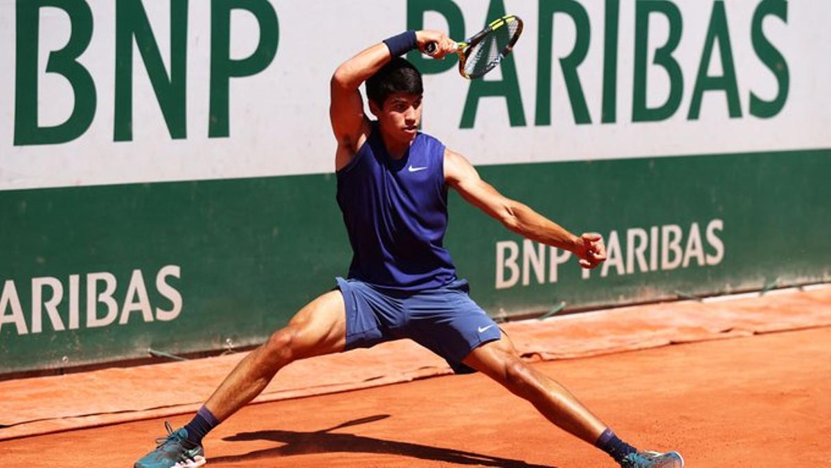 Alcaraz posa fi a les seves il·lusions al Roland Garros