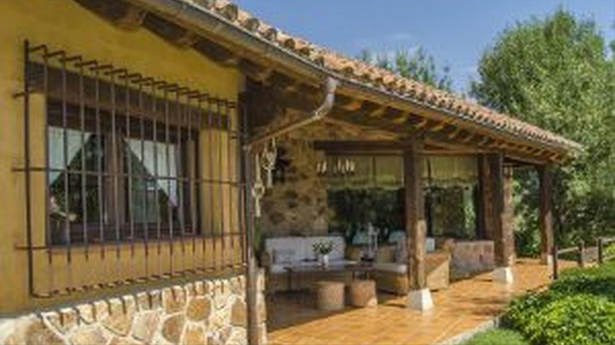 Así es la nueva casa de Iglesias y Montero: 268 metros, 4 habitaciones, 3 baños, piscina y mucho lujo