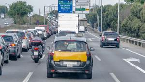 Tráfico en la Ronda Litoral de Barcelona