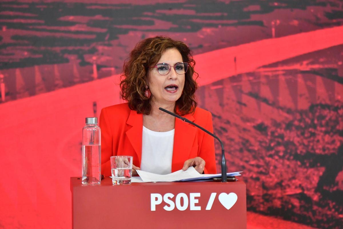 La ministra de Hacienda y portavoz del Gobierno, María Jesús Montero, este 12 de junio en un acto del PSOE en Madrid.