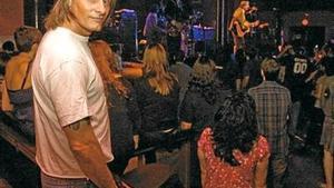 Viggo Mortensen, en la sala Apolo el viernes, donde asistió al concierto de John Doe y The Sadies.