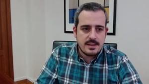 El alcalde de Esparreguera, Eduard Rivas, habla del brote de covid que ha afectado a 20 usuarios vacunados de una residencia.