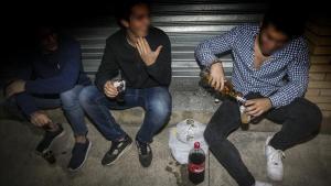 79 joves acaben a urgències per intoxicacions alcohòliques cada cap de setmana a Catalunya