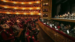 El Liceu, durante una sesión reivindicativa, el pasado noviembre, contra las restricciones que limitaban su funcionamiento.