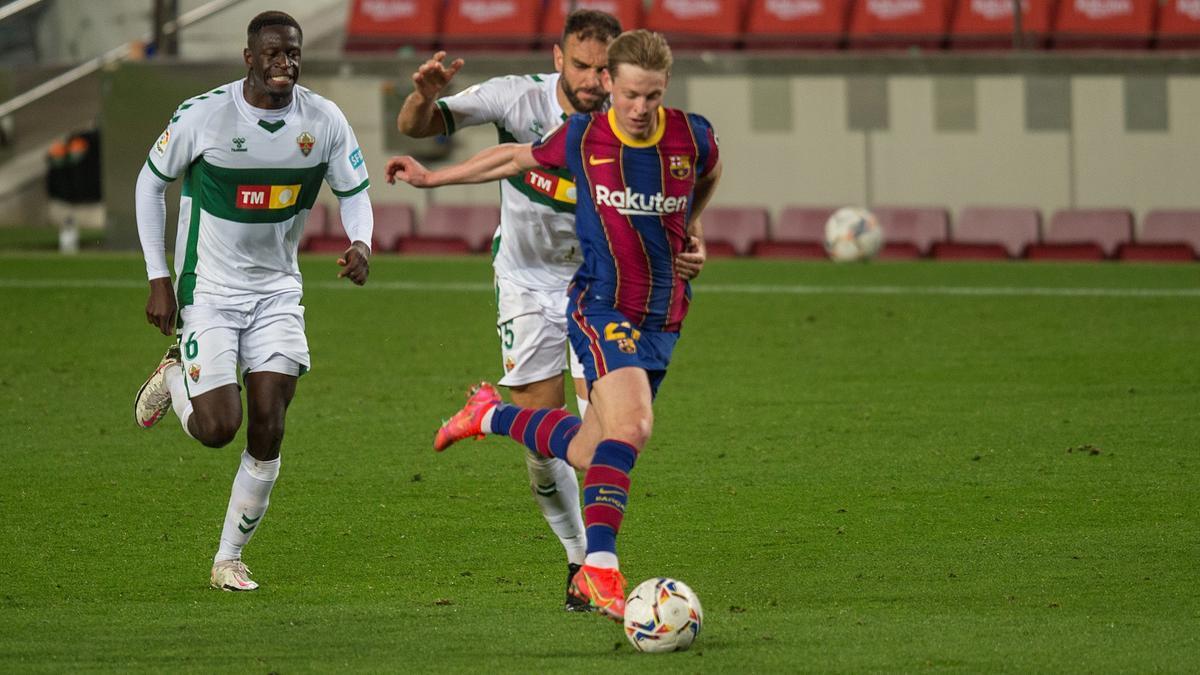 De Jong, en el partido frente al Elche.