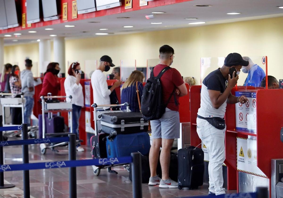 Se abrieron las fronteras aéreas en Cuba con la puesta en marcha de sus aeropuertos.