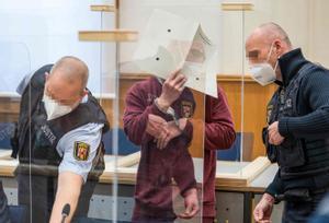 Alemanya condemna a presó un exagent sirià en el primer judici al món contra el règim de Bashar al-Assad