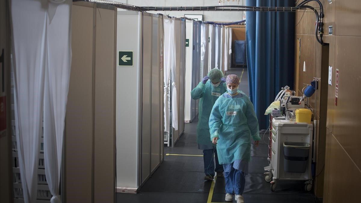 Hospital de campaña de Sant Pau en el CEM Guinardó.